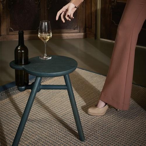 pode-bijzettafel-bottle-stool-2.jpg