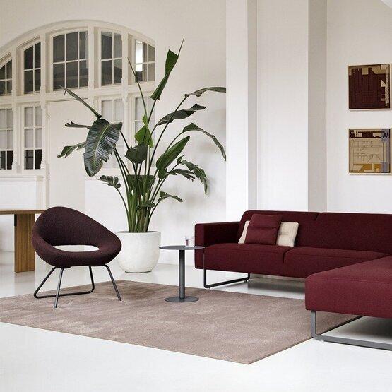 artifort-fauteuil-shark-lounge-1.jpg