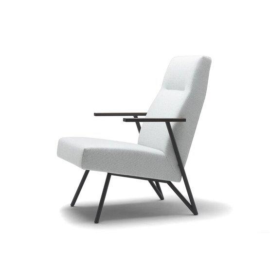 cloak-fauteuil-shell-4.jpg