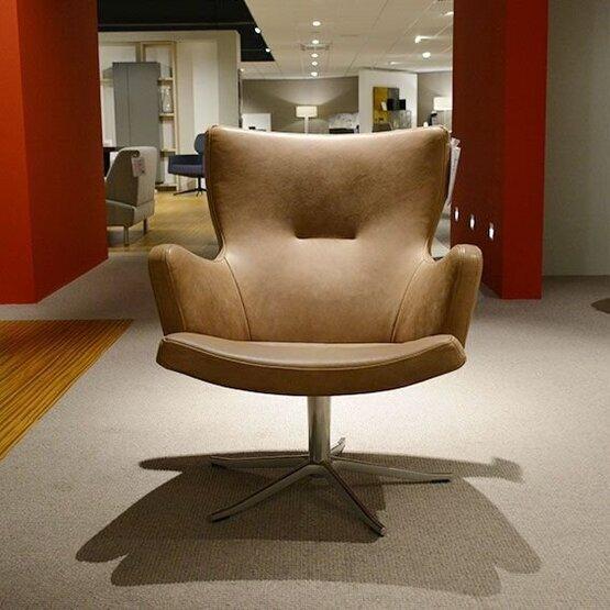 conform-fauteuil-gyro-met-arm1-1.jpg