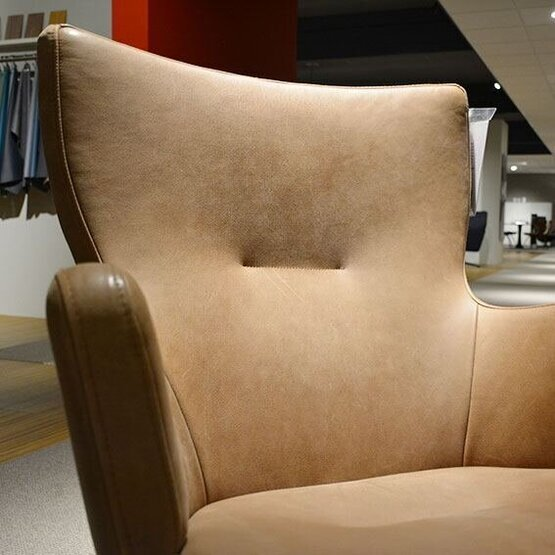 conform-fauteuil-gyro-met-arm4-1.jpg