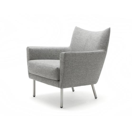 designonstock-fauteuil-toma.jpg