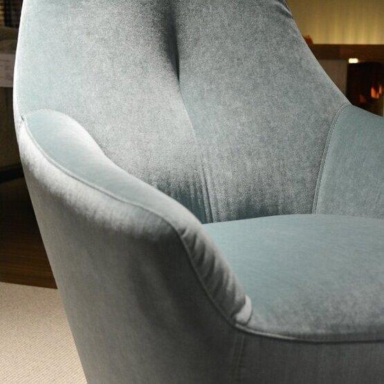 leolux-fauteuil-cantate-bastiaansen-wonen-3.jpg