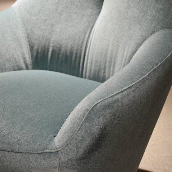 leolux-fauteuil-cantate-bastiaansen-wonen-4.jpg