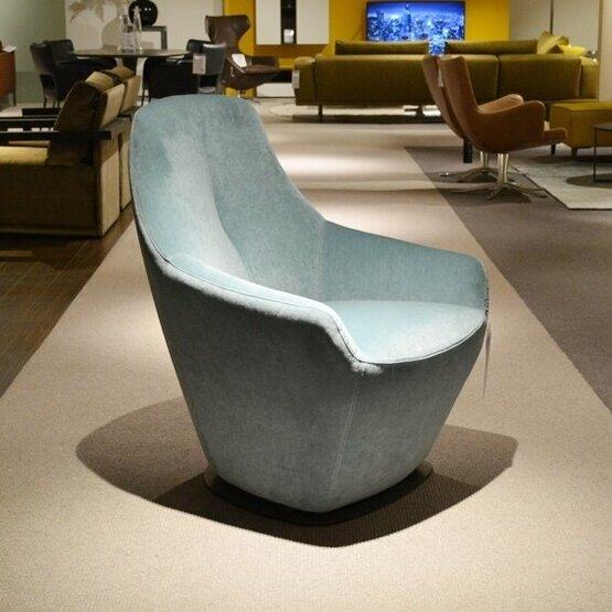 leolux-fauteuil-cantate-bastiaansen-wonen.jpg