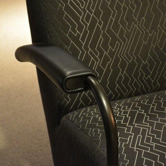 leolux-fauteuil-scylla-hoog-4.jpg