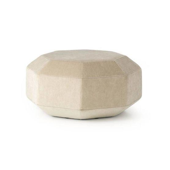 pouf-leolux-amulet-2.jpg