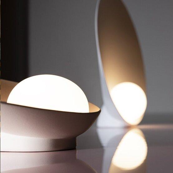 vibia-musa-tafellamp-3.jpg